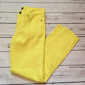 J.Crew Yellow Toothpick Size 24 Jeans